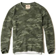 Hollister Camo Crew Sweatshirt (93 BRL) ❤ liked on Polyvore featuring men's fashion, men's clothing, men's hoodies, men's sweatshirts, green camo, mens crewneck sweatshirts, mens crew neck sweatshirts, mens camo sweatshirt, mens crew neck camo sweatshirt and mens fleece sweatshirts