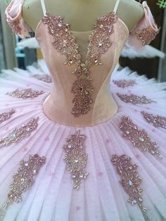 Dancewear to dance educational institutions, actors, dancers; qualified and starters. Tutu Costumes, Ballet Costumes, Masquerade Costumes, Ballet Tutu, Ballet Dance, White Leotard, Ballet Pictures, Dance Outfits, Ballerina Outfits