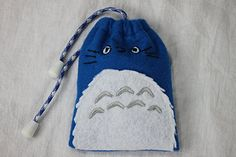 Items similar to Totoro Drawstring Bag - Hand Crafted out of Durable Premium Felt, Paracord and Grey EndCaps. on Etsy Totoro, Coin Purse, Wallet, Awesome, Creative, Handmade, Crafts, Stuff To Buy, Bags