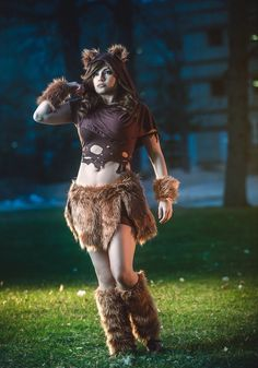Despite the fact this was made on a whim, I love this outfit a lot! by Meevers Desu Photo by WeNeals Photography and Retouching Hollween Costumes, Ewok Costume, Comic Con Costumes, Costumes For Women, Costume Ideas, Cosplay Outfits, Cosplay Girls, Cosplay Ideas, Amazing Cosplay