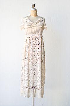Vintage Inspired Outfits, Vintage Outfits, Vintage Fashion, Vintage Crochet Dresses, Vintage Clothing Online, Linens And Lace, Boho Dress, Knit Dress, Trends