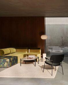 JWDA Floor Lamp – mooielight Comfortable Dining Chairs, Lounge Chair Design, Room Corner, Piece A Vivre, Co Working, Decoration, Floor Lamp, House Design, Flooring