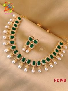 7286062150 ping me for orders Real Gold Jewelry, Fancy Jewellery, Gold Jewelry Simple, Emerald Jewelry, Gold Jewellery Design, Indian Jewelry, Saree Jewellery, Emerald Necklace, Necklace Set