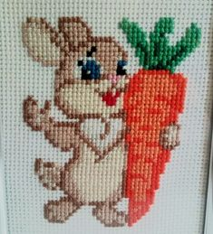 No photo description available. Cross Stitch Fruit, Simple Cross Stitch, Cross Stitch Rose, Cross Stitch Baby, Cross Stitch Animals, Cross Stitch Flowers, Counted Cross Stitch Patterns, Cross Stitch Designs, Cross Stitch Embroidery
