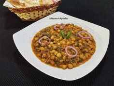 A combination of two healthy and nutritious ingredients; spinach and chickpeas. Dried chickpeas are soaked overnight and cooked in a pressure cooker until soft. Then, simmered in a spicy gravy with chopped fresh spinach leaves incorporated at the end. Indian Vegetarian Dishes, Indian Dishes, Vegetarian Recipes, Spicy Gravy, Dry Chickpeas, Sources Of Dietary Fiber, Chaat, Pressure Cooking, Spinach