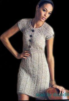 Серое платье с резинкой на талии