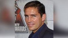 NEW ORLEANS – Actor Jim Caviezel will be reigning as Bacchus XLIX when the krewe rolls Sunday, Feb. 26.