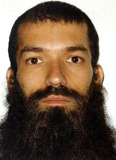 Ramon Gustavo Castillo Gaete, 36 anos, que continua foragido