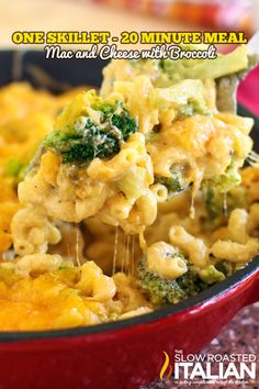 One Skillet Mac and Cheese with Broccoli - 20 Minute Meal #recipe