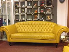 Needs a bit of courage to buy a sofa like this, but is'n't she a beauty?