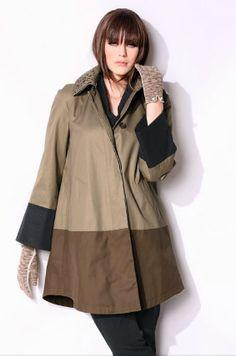 On aime ce manteau color block! Disponible jusqu'en taille 56/58 pour seulement 69,95€
