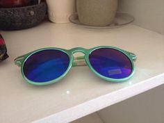 Diane Karina @DianeDianeka Jul 20 Kensington, London  @AdHocLondon again I have found a pretty summer top and these shades plus a harri's voucher for the wedding #love