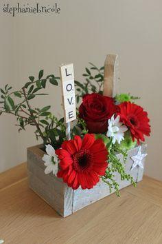 Deco Floral, Floral Foam, Art Floral, Flower Box Gift, Flower Boxes, Valentine Decorations, Flower Decorations, Bouquet Box, Small Bouquet