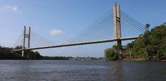 A ponte entre Brasil e Guiana Francesa que ninguém pode cruzar