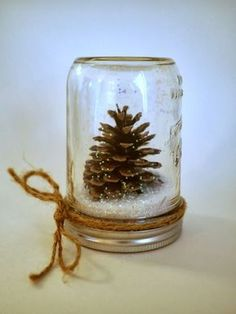 Perfect for both fall and winter, try these Easy Pine Cone Crafts ideas for Kids, and the whole family. Fun and easy DIY Christmas Crafts for all ages.Little Hiccups: DIY Waterless Snow Globes (homemade kids gifts snow globes)Creative DIY Snow Globe Mason Mason Jar Crafts, Mason Jar Diy, Bottle Crafts, Decor Crafts, Holiday Crafts, Diy Crafts, Edible Crafts, Budget Crafts, Rustic Crafts