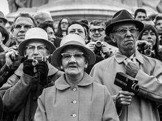 Jane Bown: American Tourists, 1968
