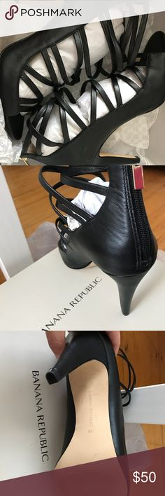 BANANA REPUBLIC BLACK PRESLIE CAGED SANDAL Size 10; Worn Once Banana Republic Shoes Heels