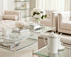 Beautiful and elegant Eichholtz room. All the products will be in our online store.
