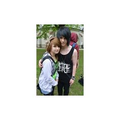 Look at this bootyfulness. Cute Emo Couples, Scene Couples, Justin Bieber, Selena Gomez, Emo People, Emo Pictures, Scene Guys, Emo Scene Hair, Emo Love