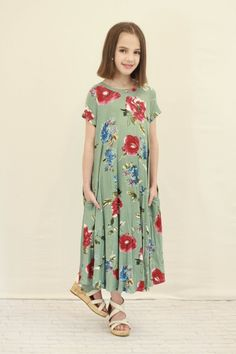 ce01420c06d This dress has a nice loose fit, super soft fabric with great stretch and  side pockets! ModLi | Modest Fashion