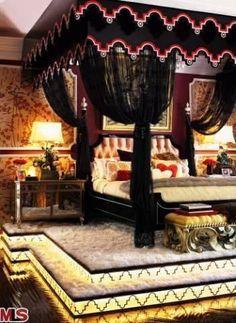 Inside #ChristinaAguilera's Former Beverly Hills Mansion: Master Bedroom>> http://www.frontdoor.com/photos/tour-christina-aguileras-beverly-hills-home-for-sale?soc=pinterest