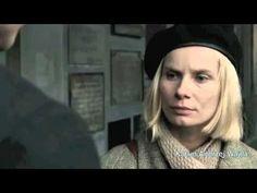 Esta escena de la película Katyn refleja el mismo conflicto que es el núcleo de la tragedia griega Antígona: la heroína que sin temblar ni v...