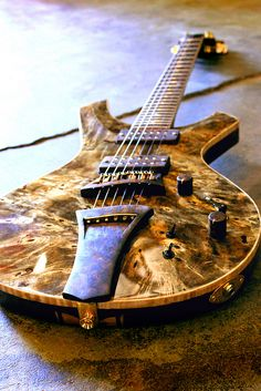 Peters Guitars| Custom handmade guitars by luthier Shad Peters