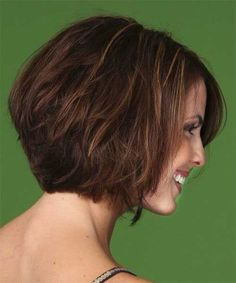 kurzer bob frisur - Exquisite Auburn Lace Front Chin Length Wigs For Cancer, Wigs For Cancer Patient. Bob Haircut For Girls, Cute Bob Haircuts, Stacked Bob Hairstyles, Girl Haircuts, Wig Hairstyles, Pretty Hairstyles, Wigs For Cancer Patients, Chin Length Hair, Short Hair