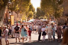 Tuesday is market day in Lorgues Provence France, French Countryside, Dolores Park, Tuesday, Travel, Beautiful, City, Nice Asses, Viajes