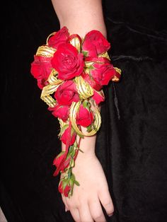 Red spray rose Arm Corsage for Prom