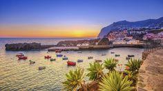 Ab in den Süden Sommer, Sonne, Strand und Meer - und das im tiefsten Winter? Kannst du haben! Entfliehe dem kalten Wetter daheim und mach dich auf den Weg zur Blumeninsel Madeira. Die portugiesische