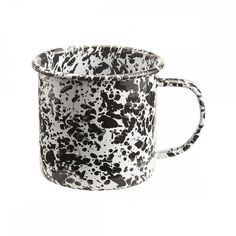 As durable as it is versatile, enamelware has long been a cook's favourite in the kitchen. The enamelware mug is a great, lightweight camping buddy. Christmas Gifts For Her, Christmas Fun, Giant Ice Cream, Merci Paris, Marble Mugs, Kitchenware, Tableware, Decoration Inspiration, Lifestyle Store
