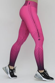 Workout Leggings, Women's Leggings, Leggings Are Not Pants, Workout Attire, Workout Wear, Looks Academia, Best Online Clothing Stores, Leggings Fashion, Fitness Fashion