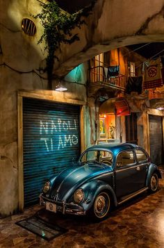 Volkswagen – One Stop Classic Car News & Tips Volkswagen Karmann Ghia, Beetle Car, Vw Vintage, Ferdinand Porsche, Best Classic Cars, Photos Voyages, Vw Beetles, Dream Cars, Street Art