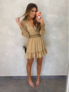 Party Dresses For Women, Cute Dresses, Summer Dresses, Chic Outfits, Fashion Outfits, New Party Dress, Western Outfits, Outfit Goals, Casual Looks
