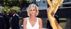 Kristen Wiig Stuns In White At The 2014 Emmy Awards