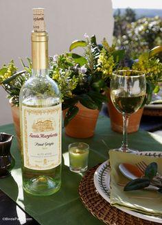 Pinot Grigio Wine & Food Pairings - BirdsParty.com #ad #SantaMargherita