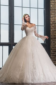Robe de mariage 2017 Long Sleeves Ball Gown Wedding Dress Sexy V Neck Off the Shoulder See Through Wedding Gown Vestido de noiva Wedding Dress Trends, Modest Wedding Dresses, Bridal Dresses, Gown Wedding, Lace Wedding, Beautiful Wedding Gowns, Sweetheart Wedding Dress, Wedding Dress Sleeves, Instagram
