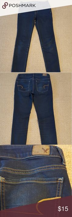 """American Eagle Outfitters jeans (jeggins). Pre-owned, in good condition. Stretchable. Flat waist: 14"""" Flat hips: 15 1/2"""" Inseam: 31 1/4"""" Rise: 7 1/2"""" American Eagle Outfitters Jeans Skinny"""