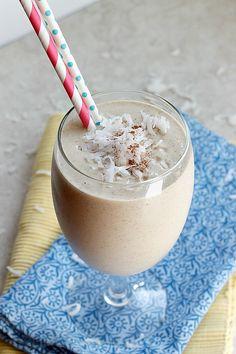 Tropical Coconut Oatmeal Smoothie | Fabtastic Eats