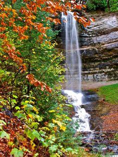 Munising Falls, Upper Michigan. Great place, great times!