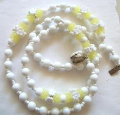 Miriam Haskell Vintage necklace white milk glass Beads & lemon yellow petals