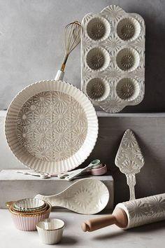 Anthropologie's New Arrivals: Baking Essentials - Topista Rsised blossom baking set Kitchen Items, Kitchen Utensils, Kitchen Gadgets, Kitchen Dining, Kitchen Decor, Kitchen Gifts, Kitchen Tools, Baking Utensils, Kitchen Interior