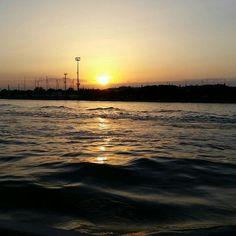 Marina di Ravenna il canale al tramonto