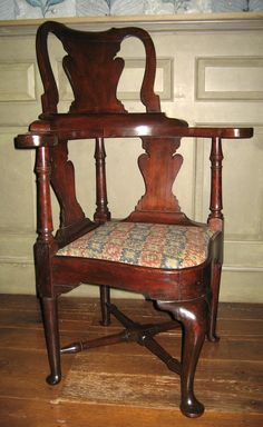 Corner chair/Roundabout chair, 1745-1775.  Unknown maker; Boston.  (1958.2216)