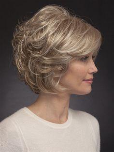 66 Chic Short Bob Hairstyles & Haircuts for Women in 2019 - Hairstyles Trends Medium Bob Hairstyles, Short Bob Haircuts, Short Haircut, Hairstyles Haircuts, Over 60 Hairstyles, Stacked Haircuts, Older Women Hairstyles, Short Hair With Layers, Short Hair Cuts For Women