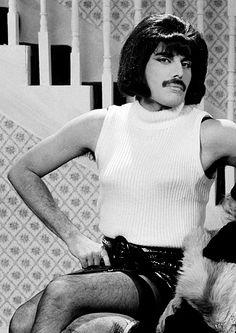 """Freddie Mercury -""""I Want To Break Free"""", 1980's. ° one of my very favorite songs...EVER!"""