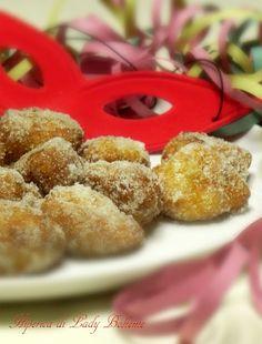 Italian Food - Dolci di Carnevale: Frittelle di riso