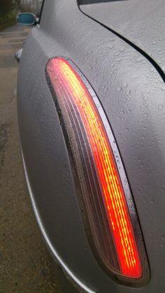 Neon boomerang Lancia thesis