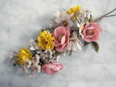 Shabby pretty  vintage millinery flower bunch wire stem pink yellow off-white www.laughinglions.com